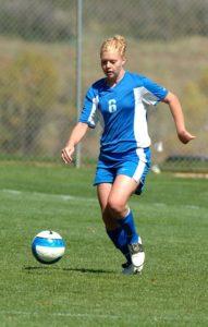 女性のサッカー選手