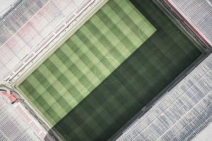 サッカーのコート、フィールド、ピッチ、グラウンド