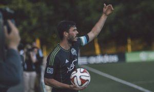 サッカーのキャプテン(主将)の写真