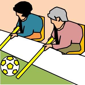 棒サッカーをしている高齢者のイラスト